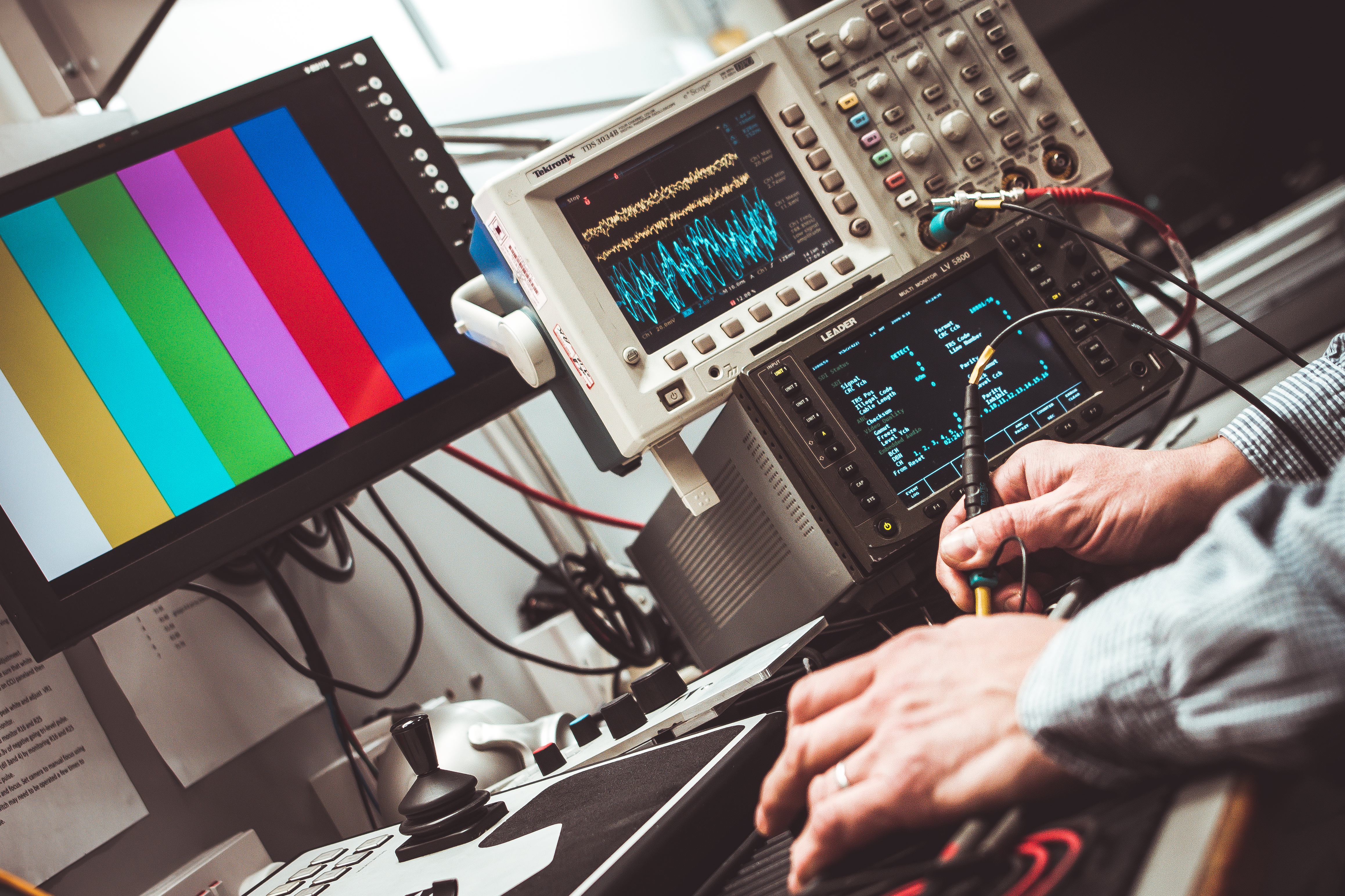 Анализ стратегической привлекательности рынка услуг по разработке электроники